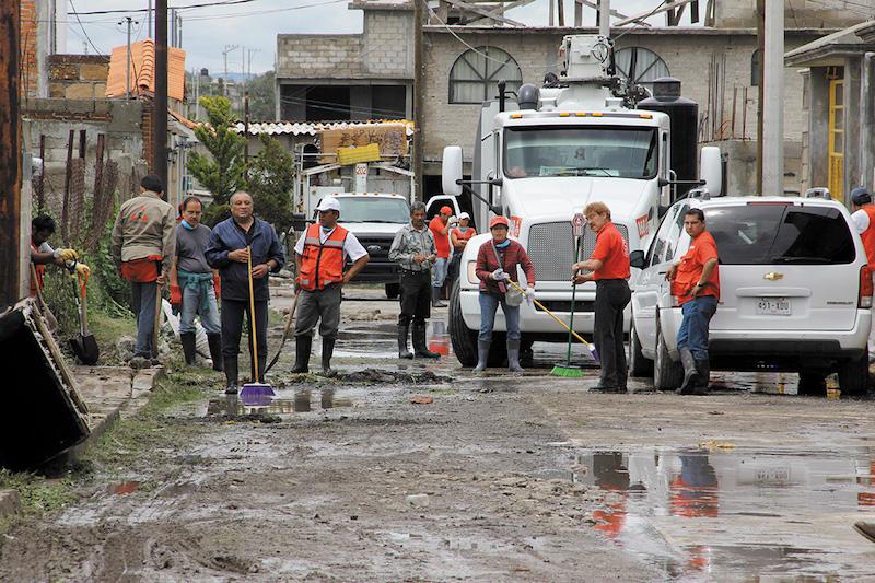 Como parte de sus trabajos de responsabilidad social, Corporativo Kosmos ayuda a poblaciones vulnerables. FOTO: Especial