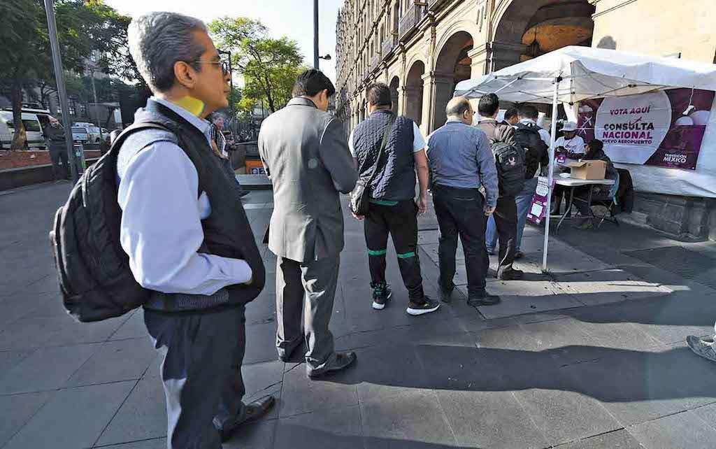 El sistema se vio vulnerable en el primer día de consulta ciudadana. Foto: Cuartoscuro.com