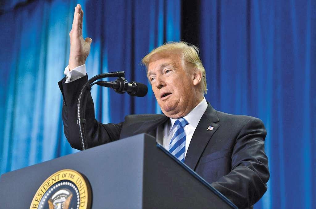 En época electoral, Donald Trump dijo que planea bajar el precio de las medicinas. Foto: AP.