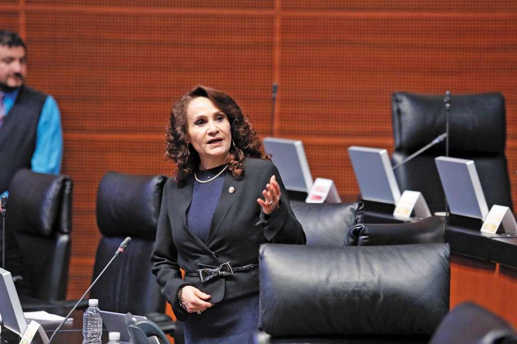 CIUDAD DE MÉXICO, 30MARZO2017.- La coordinadora del Partido de la Revolución Democrática, Dolores Padierna, en la sesión de la Cámara de Senadores.  FOTO: CUARTOSCURO.COM