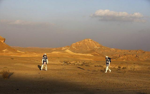 Simulan estudiantes mexicanos misiones espaciales. Foto: AFP