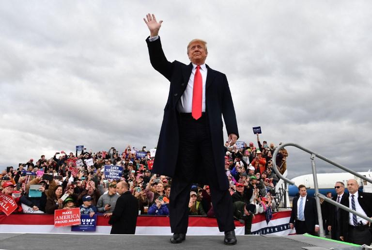 CAMPAÑA. Donald Trump llamó ayer a votar por su partido, en Montana. Foto: AFP