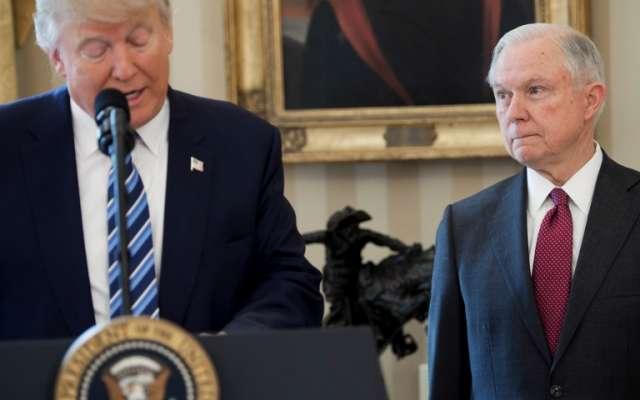 Jeff Sessions era considerado el pilar de la agenda migratoria de Donald Trump. AFP