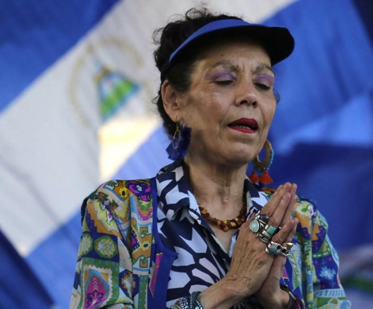 Rosario Murillo, esposa del presidente Daniel Ortega es señalada  por su responsabilidad en abusos contra los derechos humanos y actos de corrupció. Foto: AFP