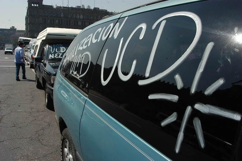 Vehículos extranjeros chatarra. FOTO: Germán Romero/CUARTOSCURO.COM