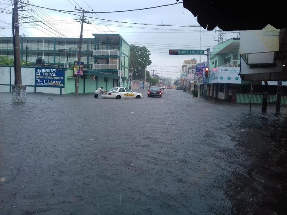 Protección Civil también reportó inundaciones. FOTO: ESPECIAL