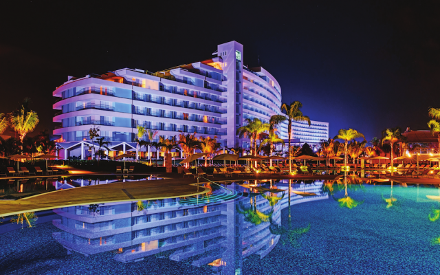Recorre las playas de México en Buen Fin / Resort Mundo Imperial