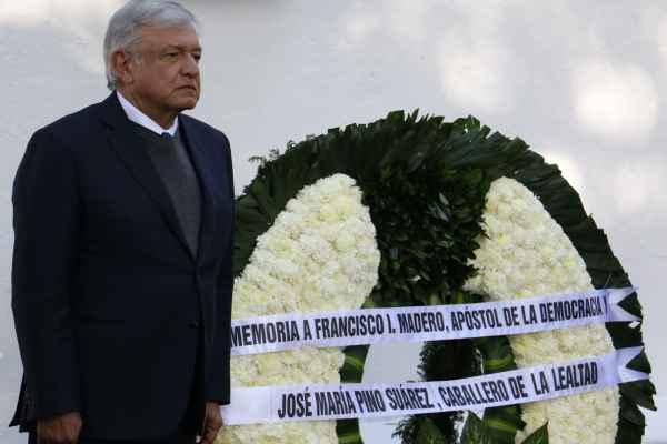 """López Obrador afirma que no es bueno """"empantanarse"""" en perseguir corruptos: EN VIVO"""