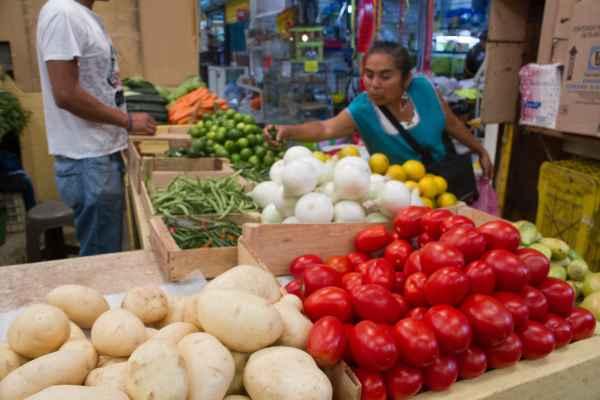 Analistas esperan que la inflación cierre el año en 4.55 por ciento. Foto: Archivo | Cuartoscuro