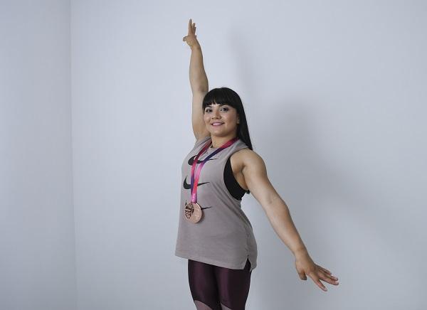 Alexa admira a gimnastas mexicanas a las que superó en resultados, porque ellas siempre tienen palabras de apoyo para las jóvenes, algo que admite le falta a ella. Foto: LESLIE PÉREZ
