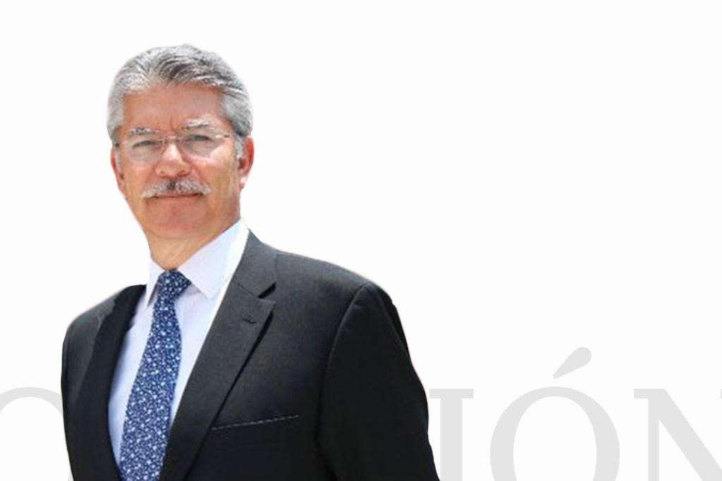 Arturo Sánchez Gutiérrez, Decano Escuela de Gobierno del Tec de Monterrey / Heraldo de México