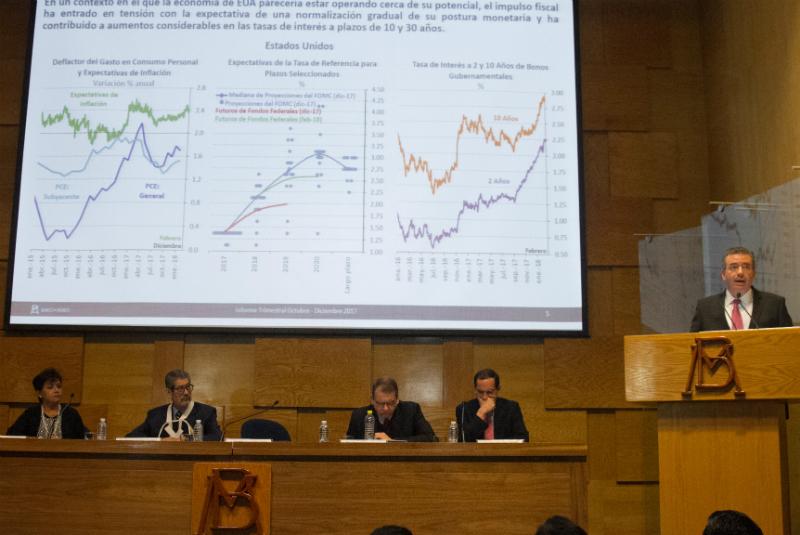 Otro tema preocupante, de acuerdo con el CEESP es la intensión de modificar el mandato del Banco de México