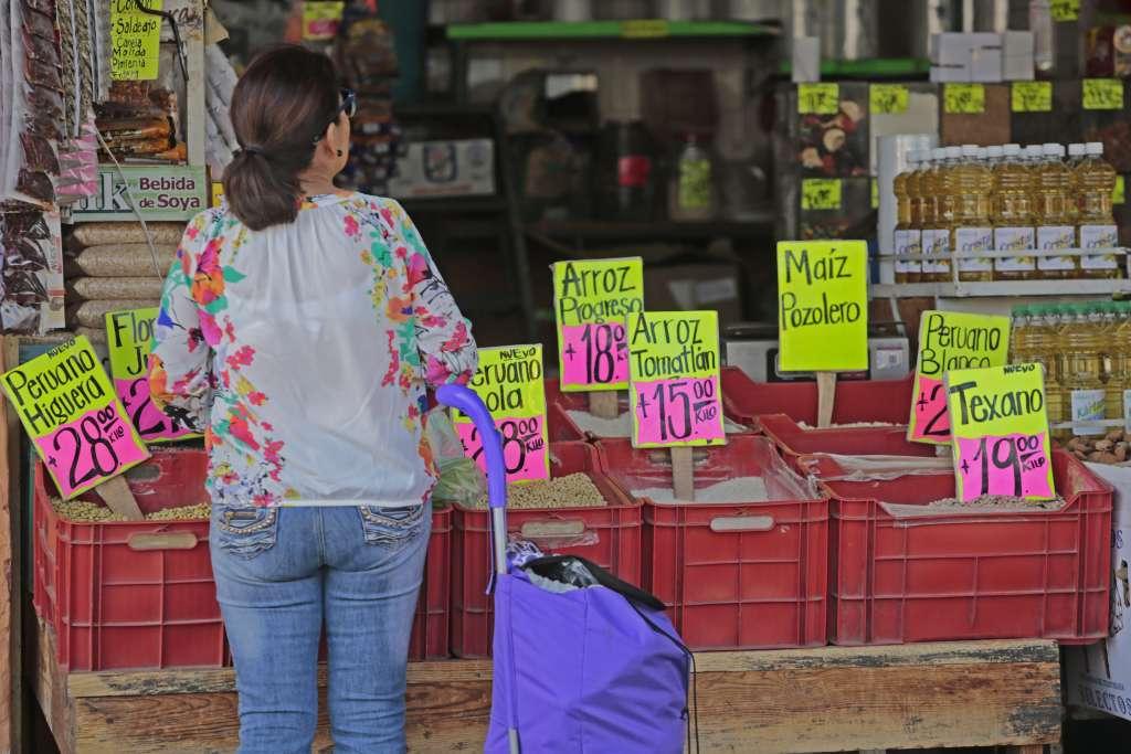 El Coneval seguirá monitoreando la inflación al cierre del año. FOTO: ARCHIVO/ CUARTOSCURO