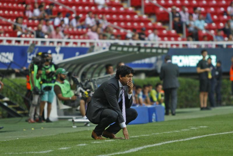 En 15 partidos dirigidos con el Rebaño, el paraguayo registra cuatro triunfos, cinco empates y seis derrotas