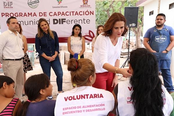Rosy Fuentes expresó que estos resultados fortalecen y alientan su compromiso para continuar haciendo más por las familias sinaloenses. Foto: Especial