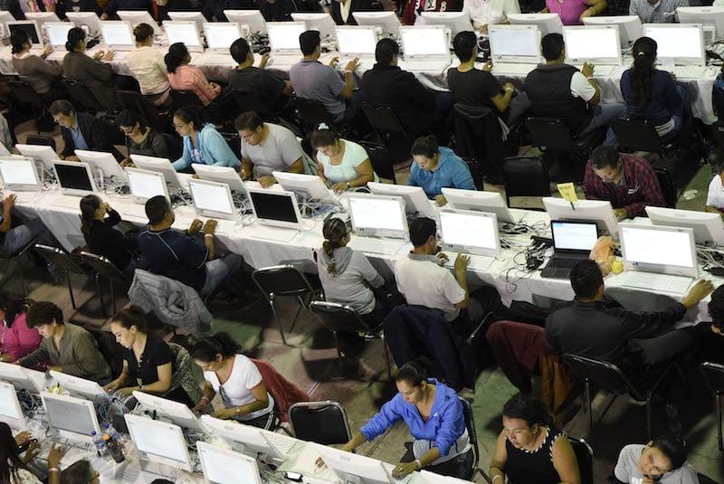 La evaluación docente que se aplica actualmente tiene implicaciones punitivas. FOTO: ALAN ORTEGA /CUARTOSCURO.COM