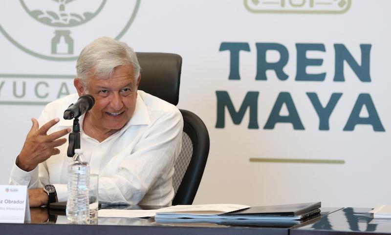 Andrés Manuel Lopez Obrador, presidente electo de Mexico se reunió con gobernadores del sureste de Mexico y con integrantes de su gabinete para coordinar el proyecto del tren maya FOTO: SAÚL LÓPEZ /CUARTOSCURO.COM