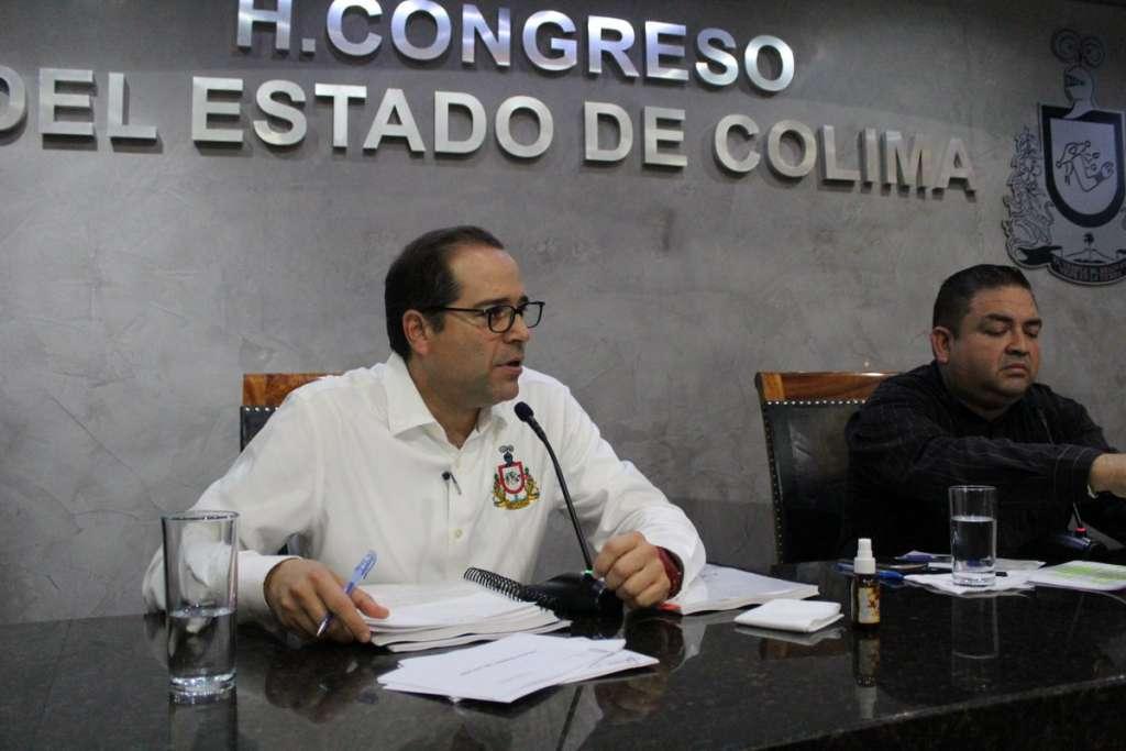 El gobernador de Colima, José Ignacio Peralta Sánchez, negó de forma rotunda ser responsable de beneficiar a familiares con contratos millonarios en el puerto de Manzanillo