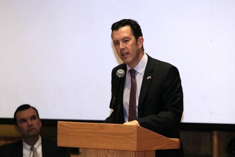 """""""Gracias al TMEC se estima que en 5 años la relación comercial entre México y Estados Unidos alcanzará un trillón de dólares, una cifra histórica y grande"""", expuso"""