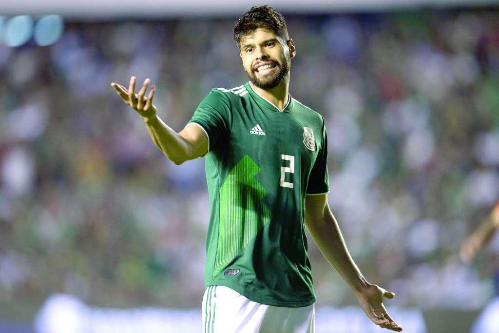ADIÓS. Néstor Araujo, por lesión, dejó al Tri, al igual que Jiménez, Layún y Ochoa. Foto: MEXSPORT