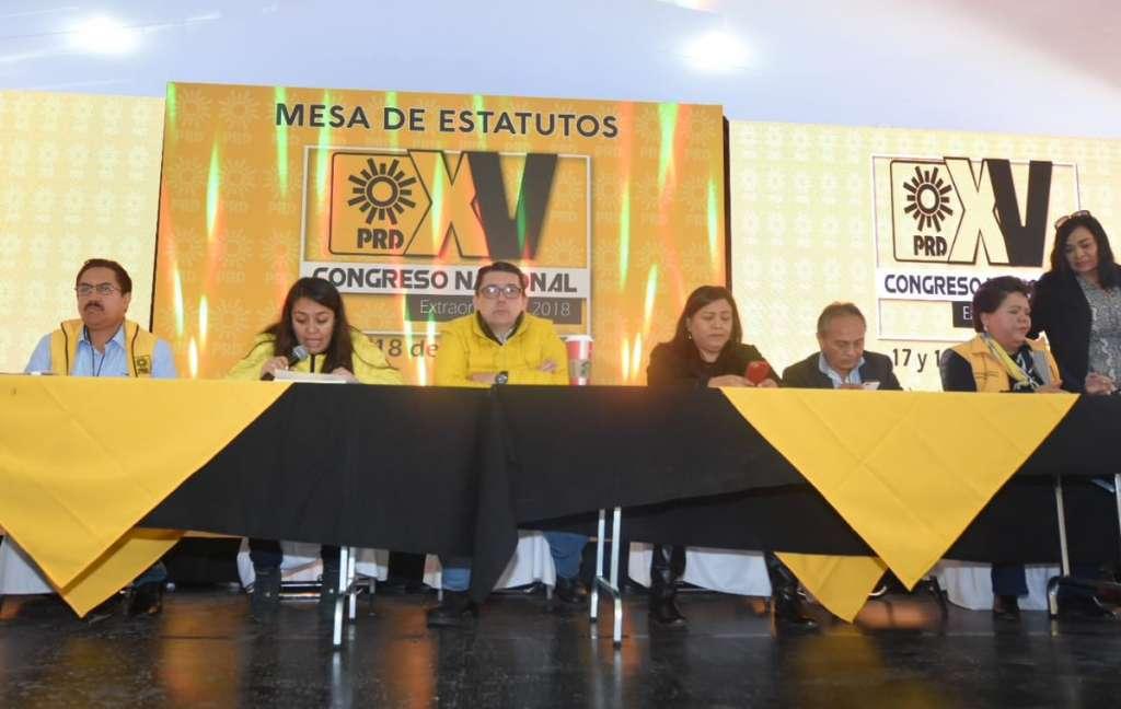 También formarán parte de esa dirección, Adriana Díaz Contreras, de la corriente Alternativa Democrática Nacional (ADN), y Estefhany Santiago, de Foro Nuevo Sol