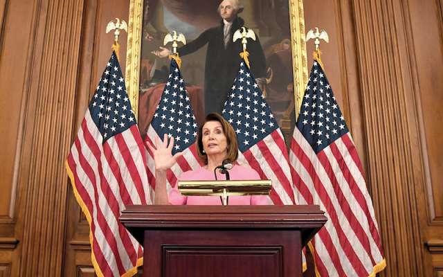 Nancy Pelosi volverá a convertirse en una de las demócratas más poderosas en contra del gobierno de Trump. REUTERS/Mike Theiler