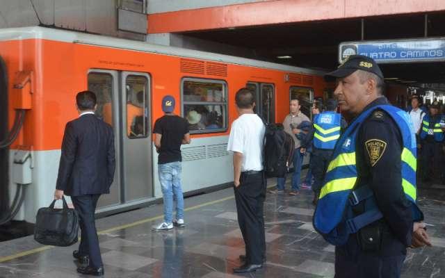 Seguridad Institucional del Metro activó el protocolo de búsqueda y rastreo, logrando ubicar a dos familiares del niño, a quienes les fue entregado