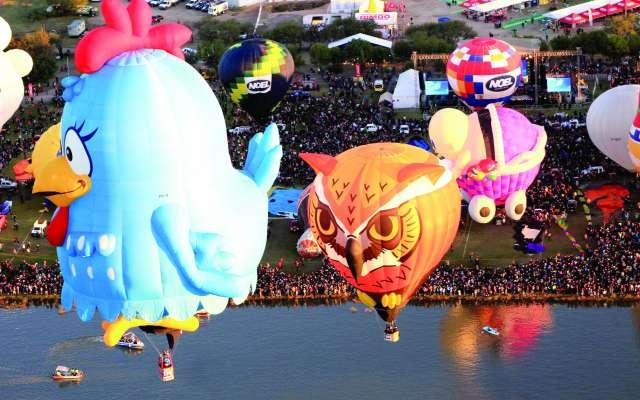 Uno de los atractivos de este fin de semana es el Festival Internacional del Globo, que se realiza en Guanajuato. FOTO: EFE