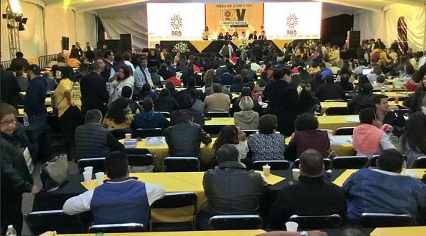 En el XV Congreso Nacional Extraordinariose discuten los pasos de la renovación de sus dirigencias. Foto: Especial