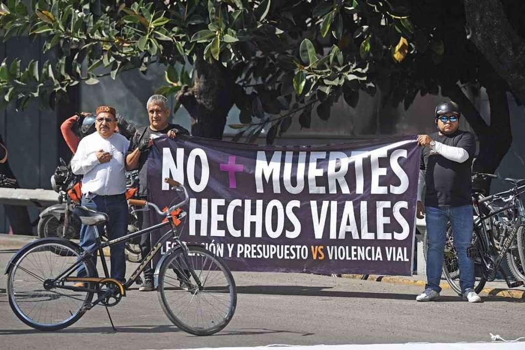 Ciclistas exigen respeto para ellos y para los peatones, base de la pirámide de movilidad. Foto: Leslie Pérez / Heraldo de México,