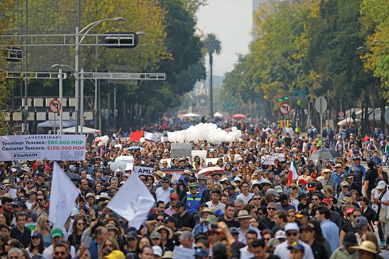 Criticaron la consulta popular por la que decidieron cancelar el proyecto. Foto: Nayeli Cruz / El Heraldo de México.