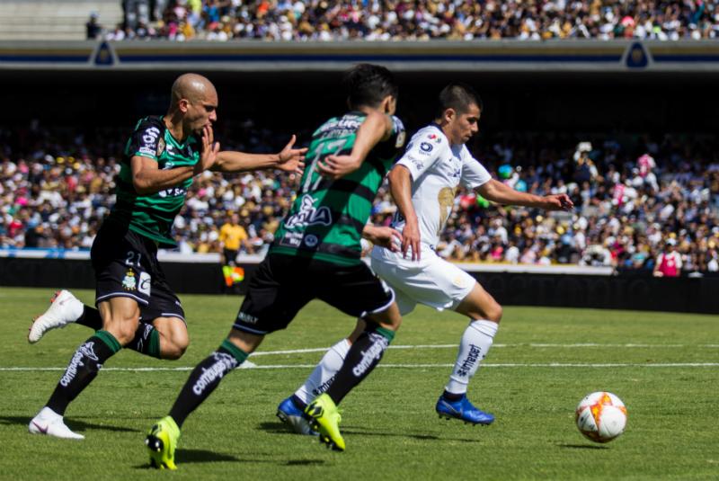 Por primera vez en la historia de los torneos cortos, tres de los llamados grandes, Cruz Azul, América y Pumas, finalizaron la fase regular de la competencia como primero, segundo y tercer lugar