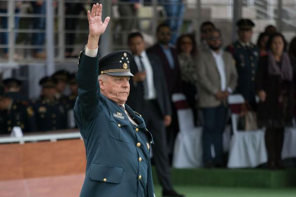 Salvador Cienfuegos agradeció al presidente Enrique Peña Nieto el encargo conferido hace seis años