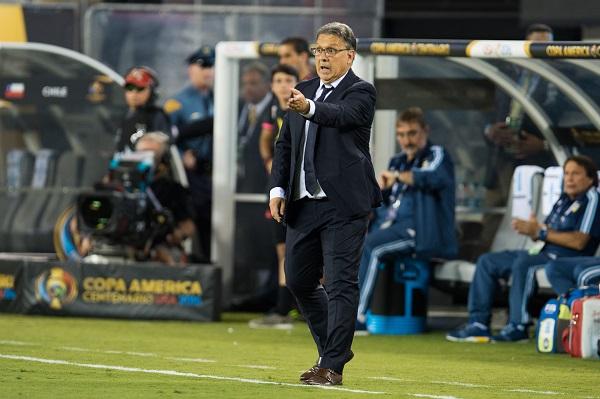 La Federación Mexicana de Futbol habría llegado a un acuerdo de palabra con el entrenador argentino, Gerardo Martino, para que se convierta en entrenador del Tricolor. Foto: Mexsport