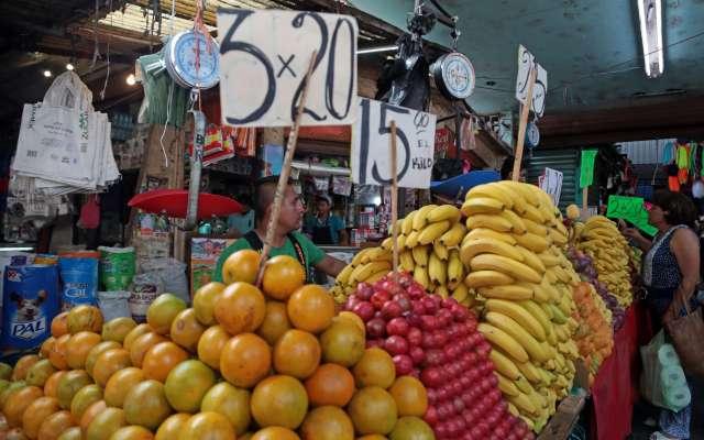 Otros productos que también presionaron la inflación fueron: el jitomate, el tomate verde y servicios como el transporte aéreo. Foto: Archivo | Cuartoscuro