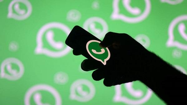 Hoy día, a través de las redes sociales, es posible establecer contacto con personas, con las que en otro contexto no hubiéramos cruzado ni una palabra. Foto: Especial