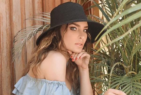 Las fotografías muestran adelantos de una sesión fotográfica en la que trabaja la cantante junto con el fotógrafo Alex Cordova. FOTO: INSTAGRAM