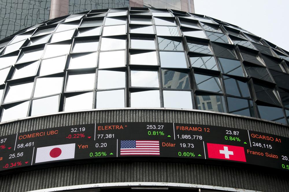 El Índice de Precios y Cotizaciones (S&P/BMV IPC) concluyó con un rebote de 0.17%. FOTO: CUARTOSCURO