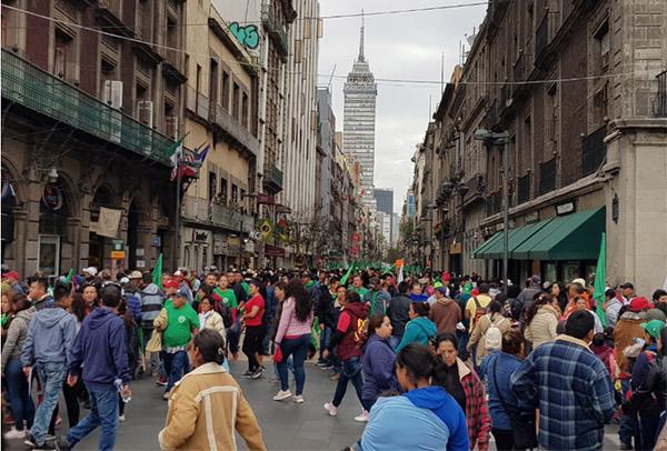 Las marchas partieron del Ángel de la Independencia, del Monumento a la Revolución y de Tlatelolco, lo cual afecto la circulación en diversas avenidas. FOTO: LIZETH GÓMEZ