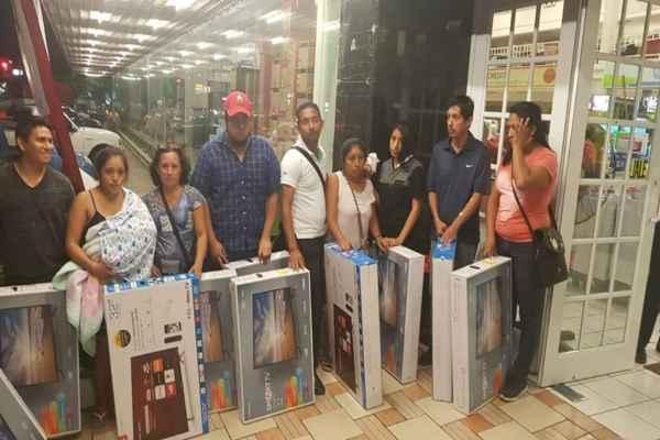 Un total de 26 consumidores aprovecharon el Buen Fin 2018 con este descuido del establecimiento. Foto:Salvador Canto