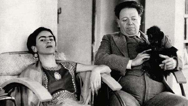 Frida y diego se casaron en 1929, pero él ya tenía un largo historial amoroso en el que se contaban las pintoras rusas Angelina Petrovna y Marevna Vorobe-Stebelska. Foto: Especial