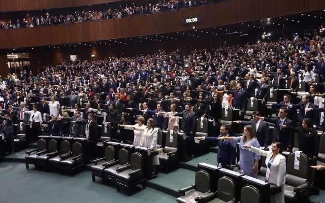 Legisladores del PAN, PRI, PRD y MC acusaron que en su mayoría son excandidatos o dirigentes estatales de Morena