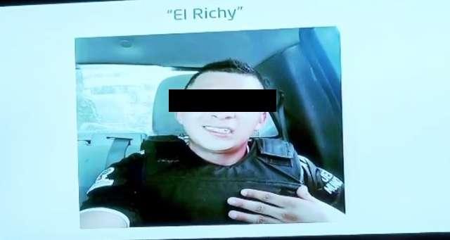 El gobernador difundió las fotografías del presunto asesino de la estudiante. FOTO: ESPECIAL