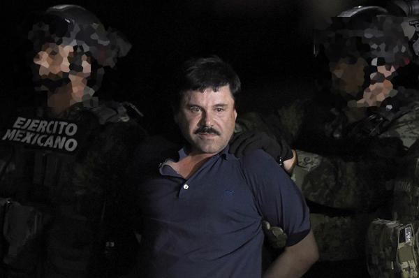 En su celda de Manhattan, El Chapo está solo 23 horas al día. Los únicos que pueden visitarle son sus tres abogados. FOTO: AFP