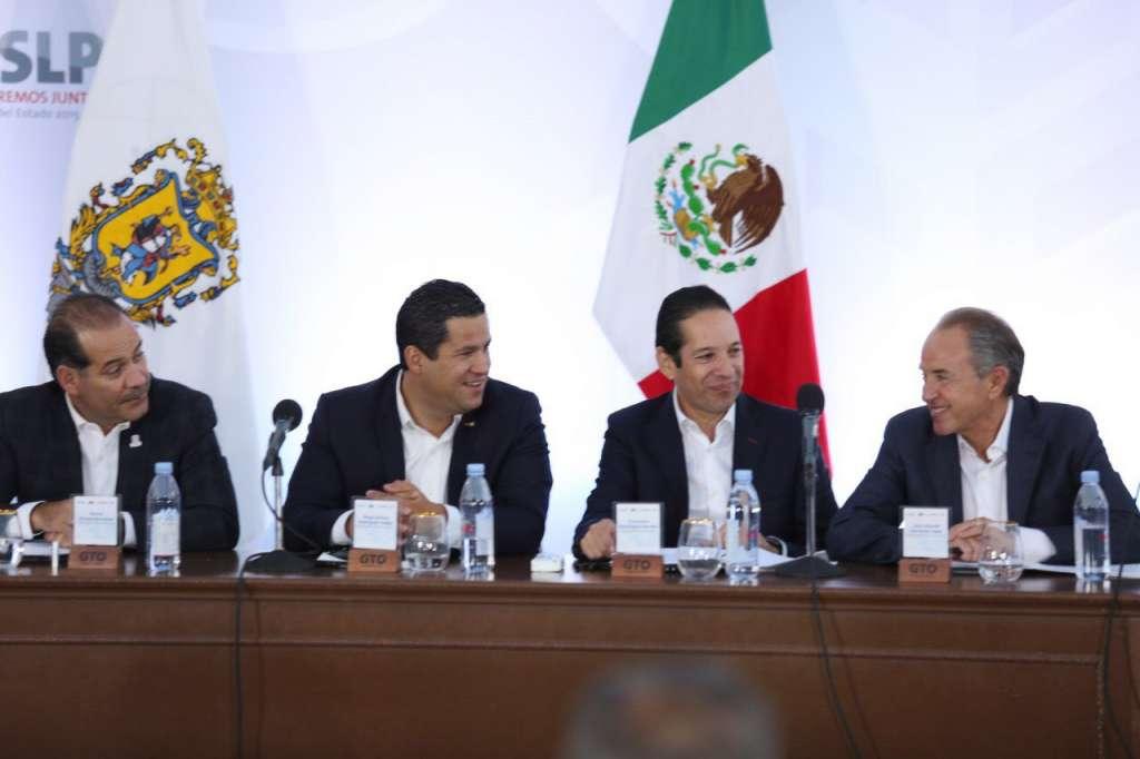Los mandatarios estatales establecieron una agenda de trabajo para detonar proyectos en la región Centro-Bajío en materia económica y social, con una visión de mediano y largo plazo. Foto: Especial