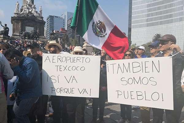 Marcha 11/11/11, dicen, demostrará que conMéxicono se va a jugar y no lo convertirá en otroVenezula.  FOTO: TWITTER