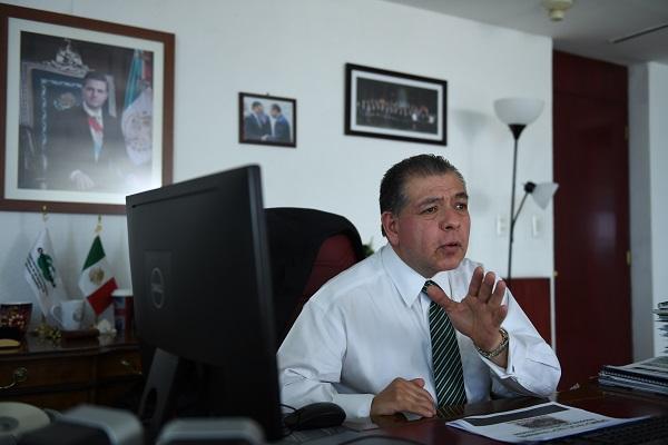 ANÁLISIS. Mario Di Costanzo exhortó a no congelar la iniciativa. Foto: LESLIE PÉREZ