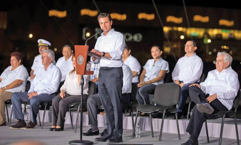El Presidente entregó obras para Campeche. Foto: Especial