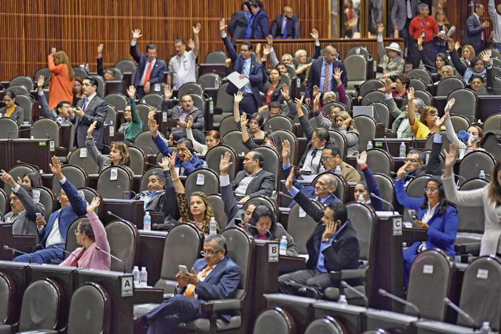 En San Lázaro, los diputados adelantaron la sesión en vísperas del cambio de poder. Foto: Cuartoscuro