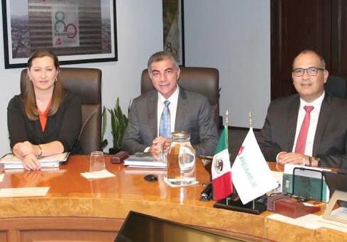 Martha Erika, Gali y Treviño se reunieron en la Torre Ejecutiva de Pemex. Foto: Especial.